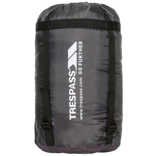 Doze 3 Season Water Repellent Sleeping Bag in Blackcurrant