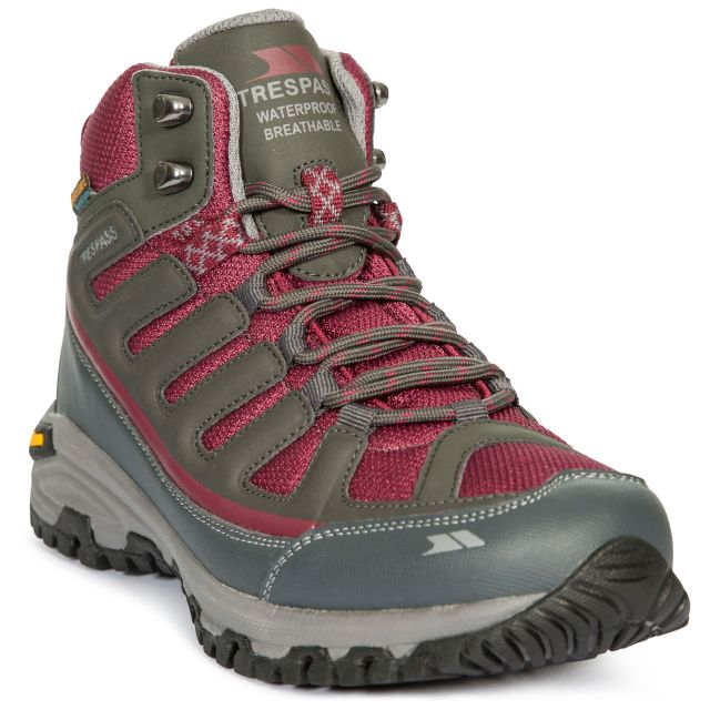 Tensing Women's Vibram Walking Boots in Grey