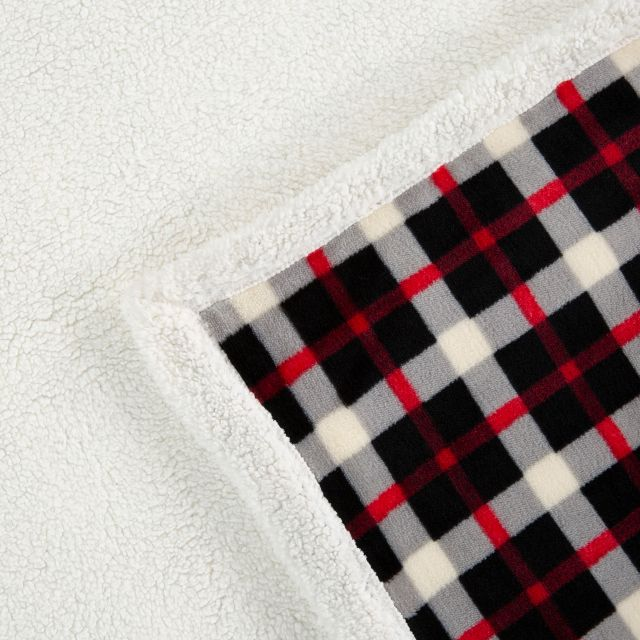 Vallon Sherpa Blanket in Red