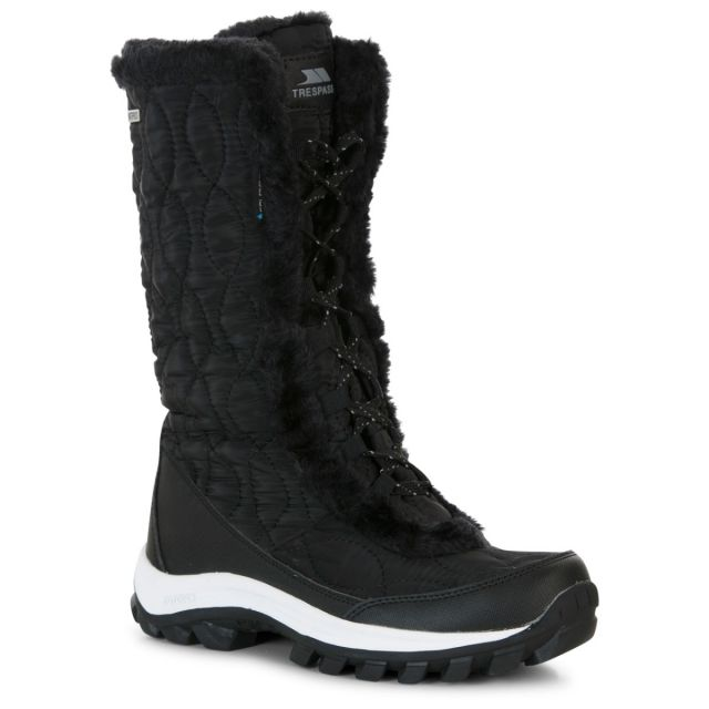Trespass Womens Snow Boots Waterproof Fleece Lined Coretta II Black, Angled view of footwear
