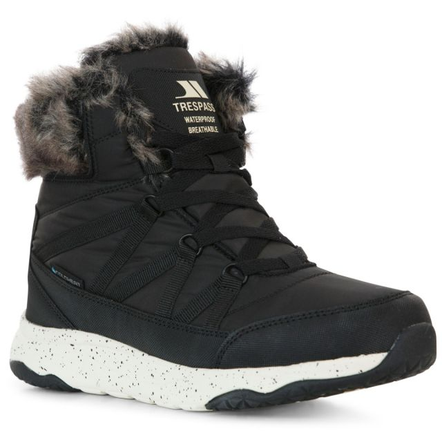 Trespass Womens Winter Boots Waterproof Insulated Kenna in Black, Angled view of footwear