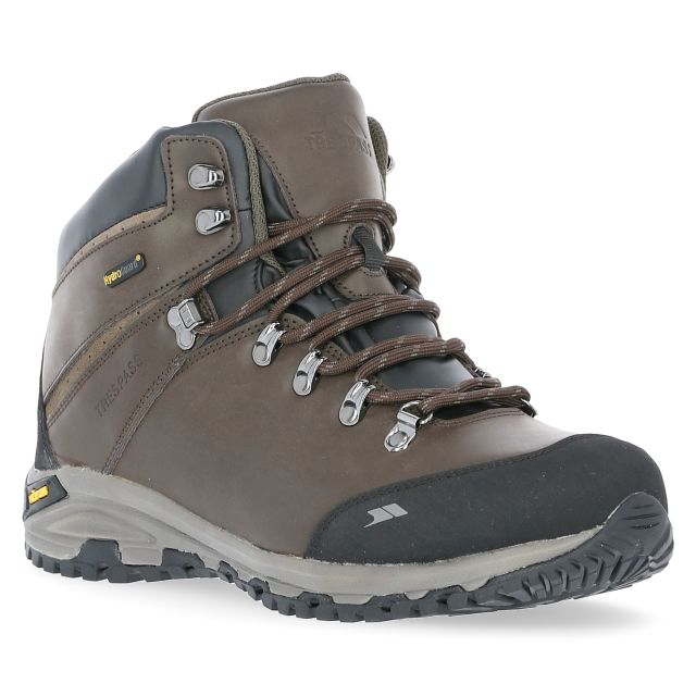 Cantero Men's Vibram Walking Boots in Brown, Angled view of footwear