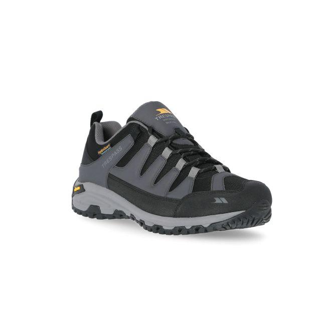 Cardrona II Men's Vibram Walking Shoes in Grey, Angled view of footwear