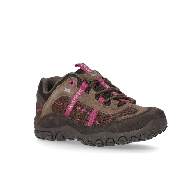 Fell Women's Breathable Walking Shoes in Brown, Angled view of footwear