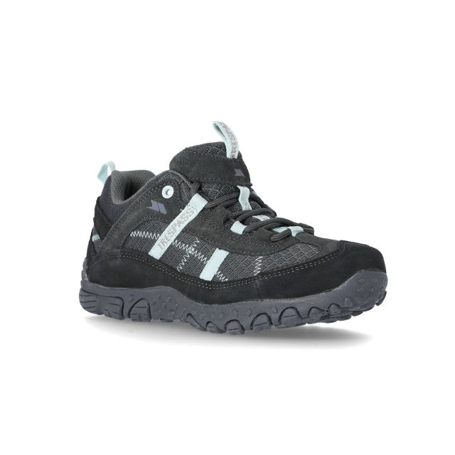 Fell Women's Breathable Walking Shoes in Grey, Angled view of footwear