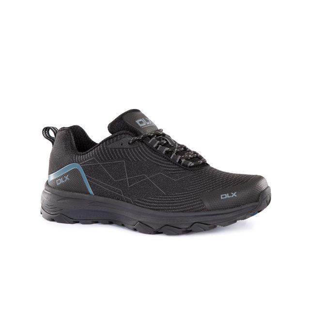 Gaken Men's DLX Walking Trainers in Black, Angled view of footwear