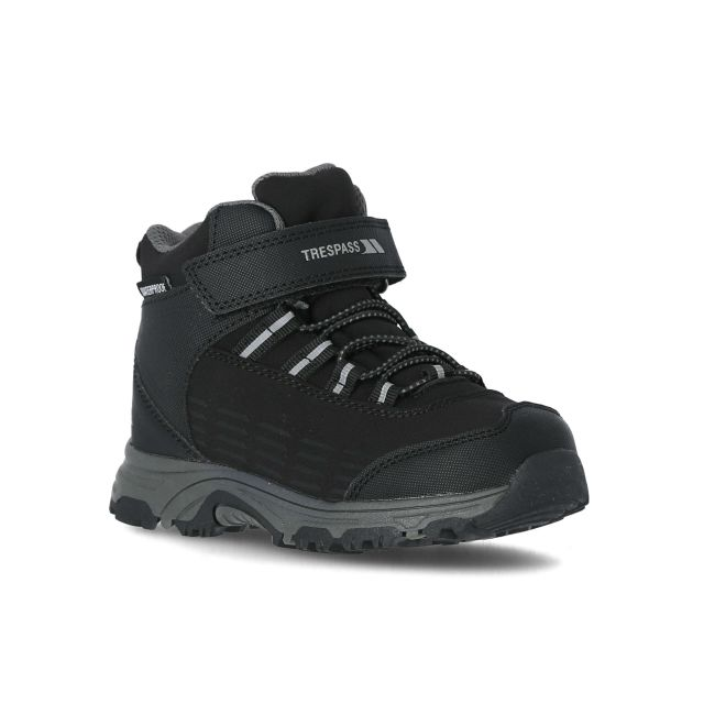 Harrelson Kids' Waterproof Walking Boots in Black, Angled view of footwear