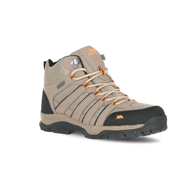 Hugh Men's Waterproof Walking Boots in Beige, Angled view of footwear